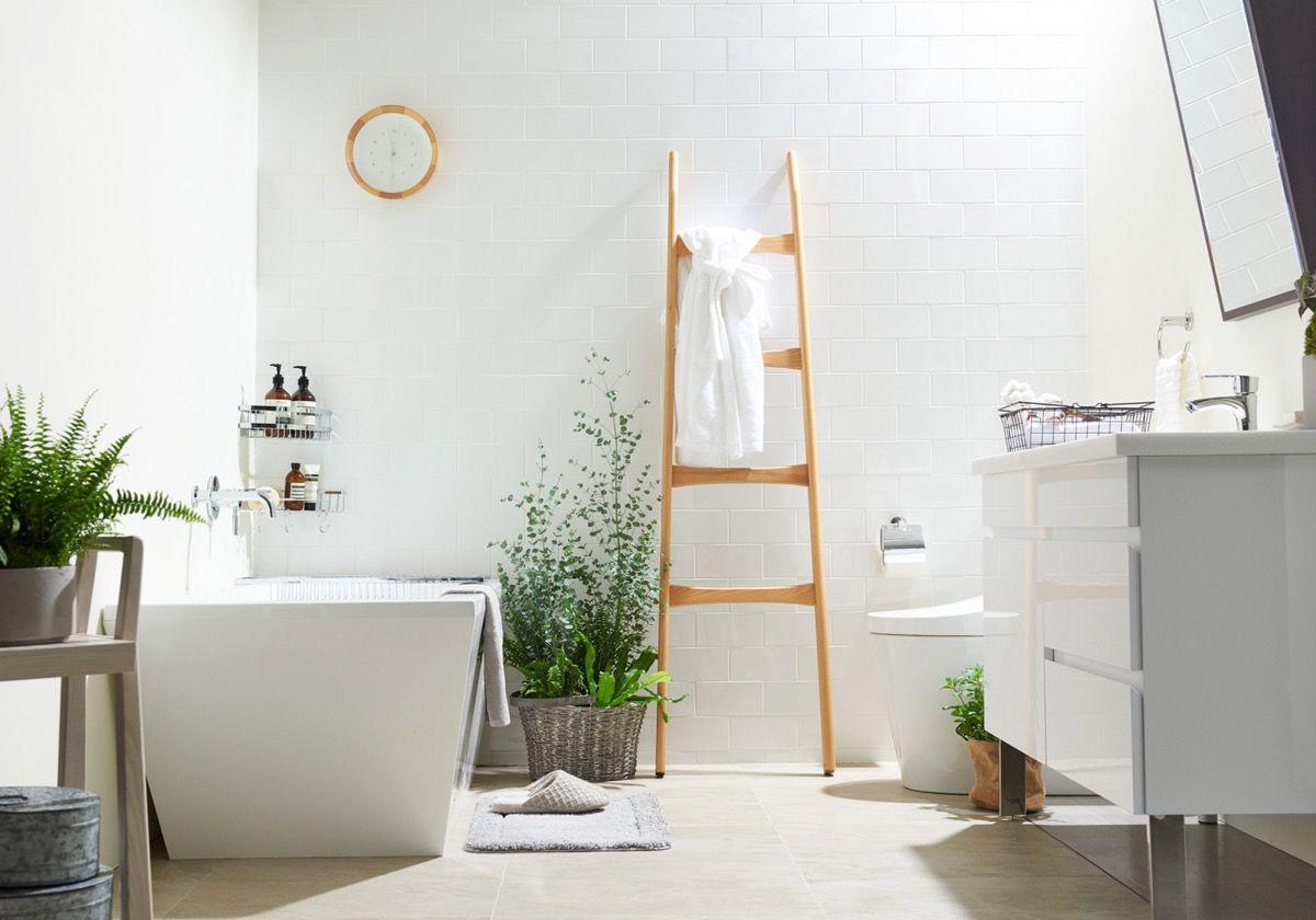 nhà vệ sinh hiện đại, sang trọng